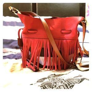 Gorgeous Burberry crossbody bucket bag